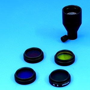 Focusing attachment and filter set (D)